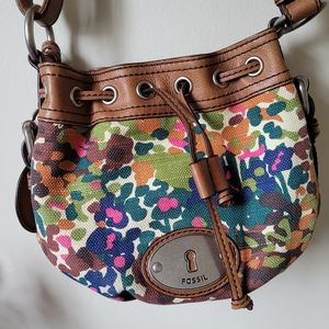 Fossil , Authentic !Leather, cross-body purse 💥💋